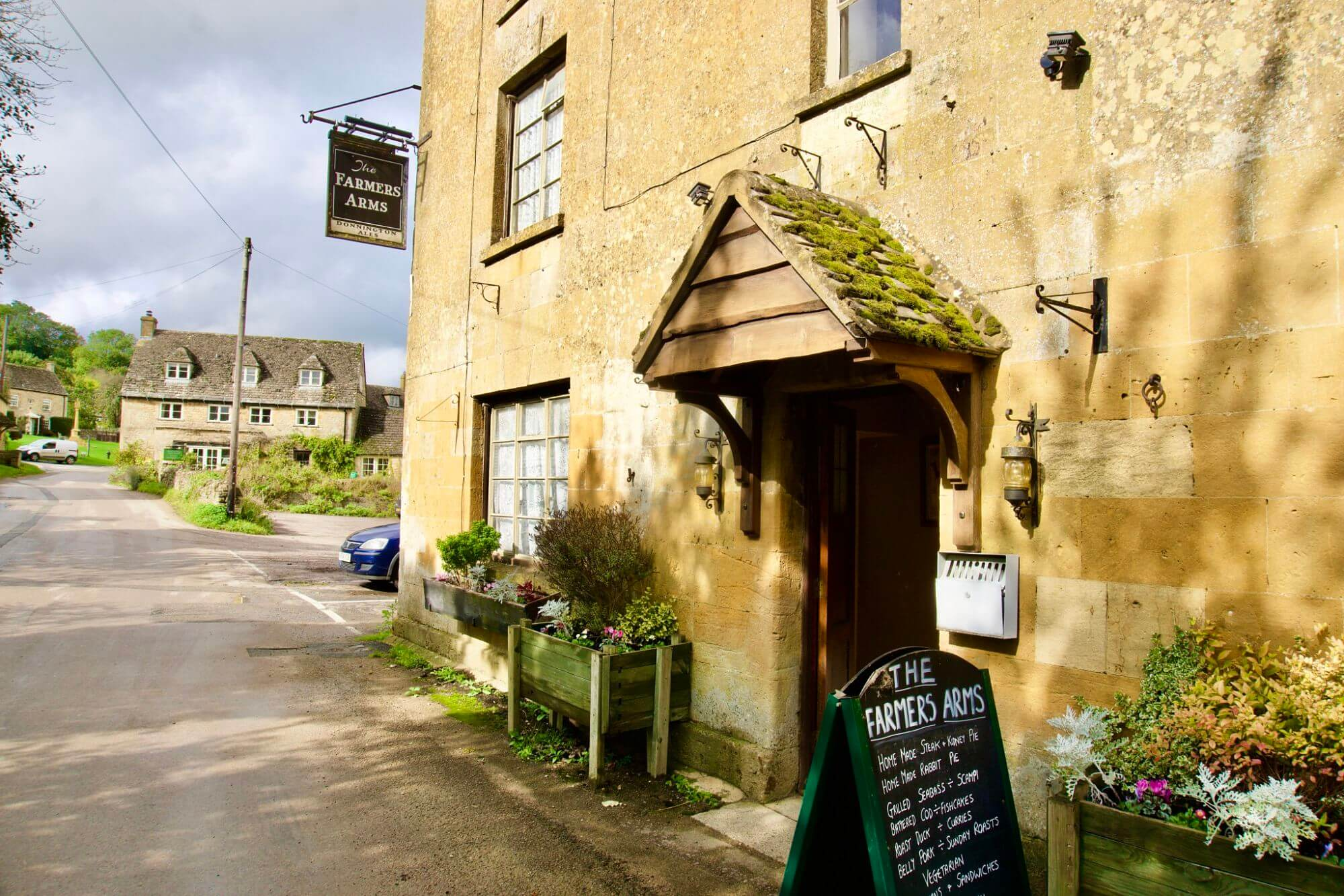 The Farmer's Arms pub in Guiting Power