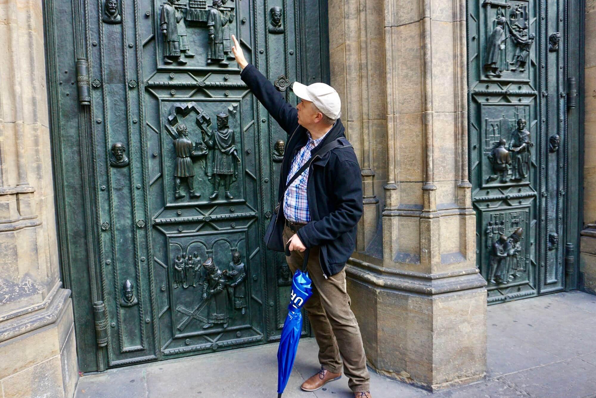 Prague free walking tour guide