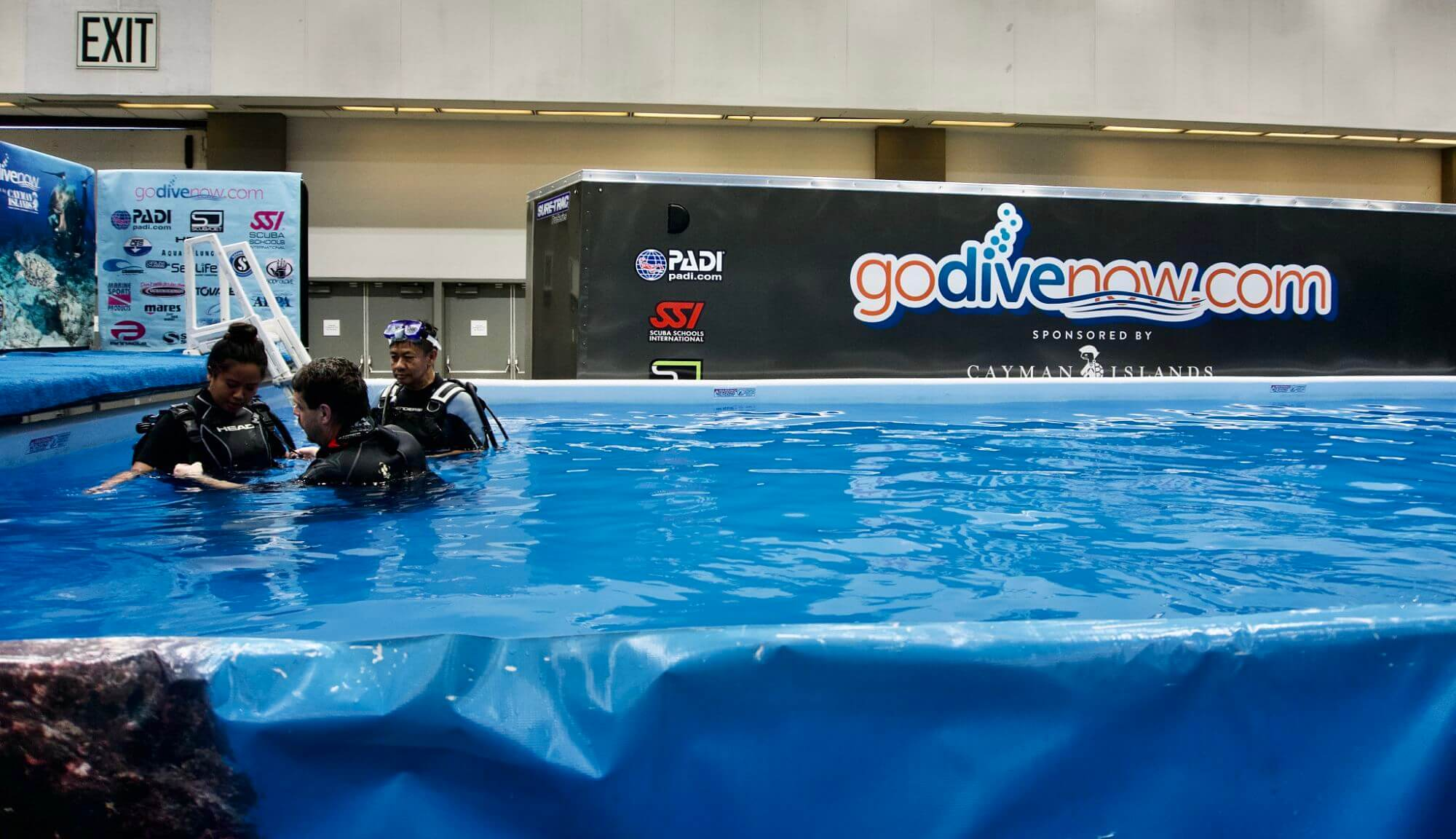 Dive pool at the Travel and Adventure Show