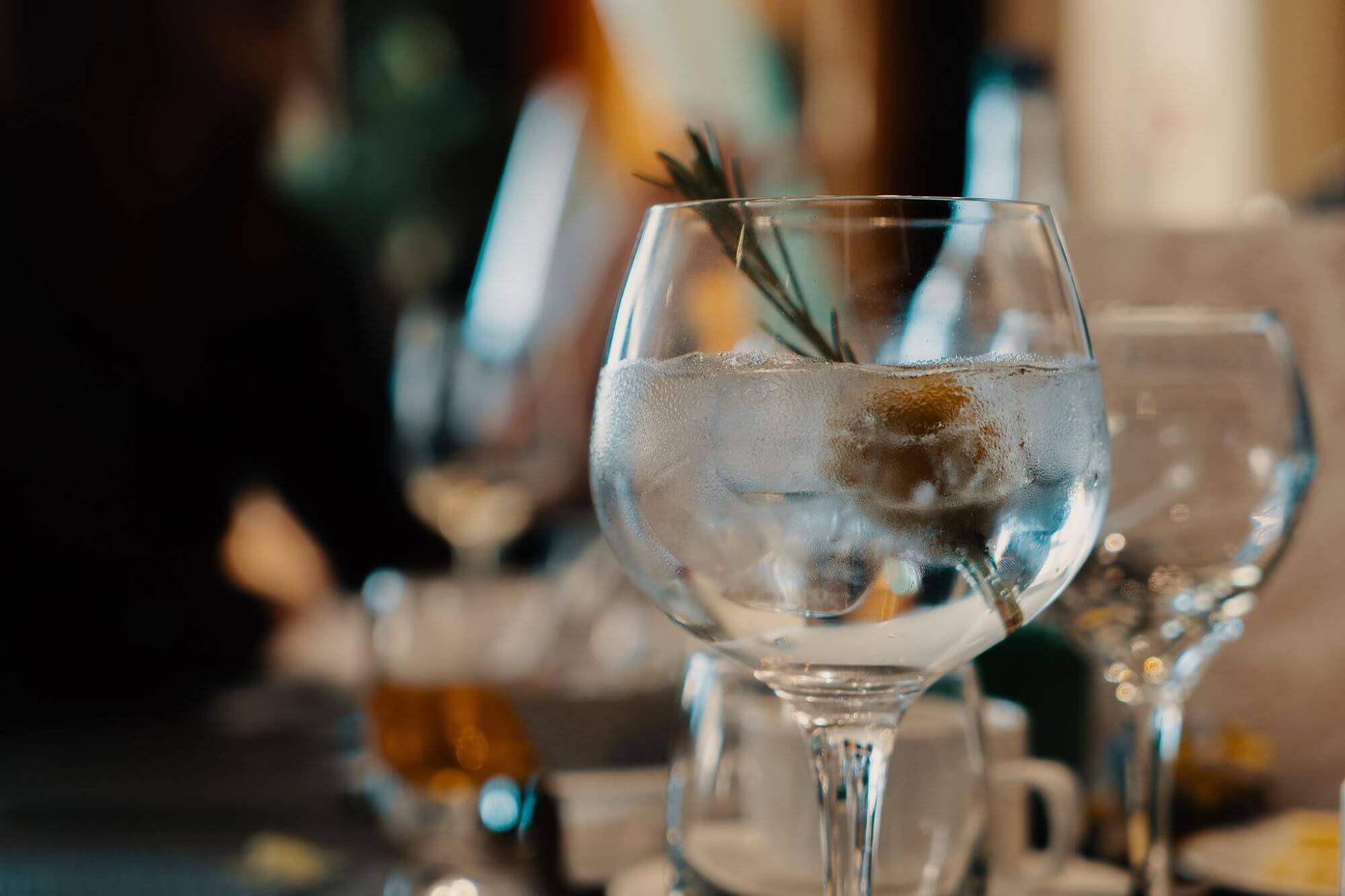 Trip Around The World in 5 cocktails--Gin and Tonic from England