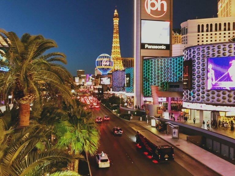 7 Awesome Things To Do In Vegas Besides Gambling